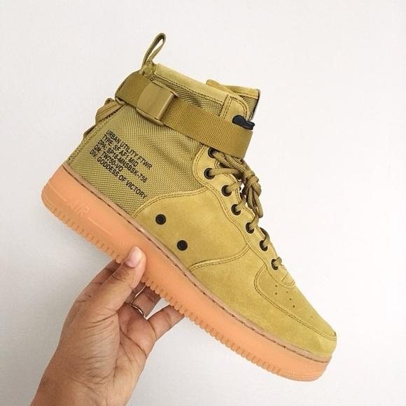862261ad154c85 Men Nike Air Force 1 Mid Desert Moss